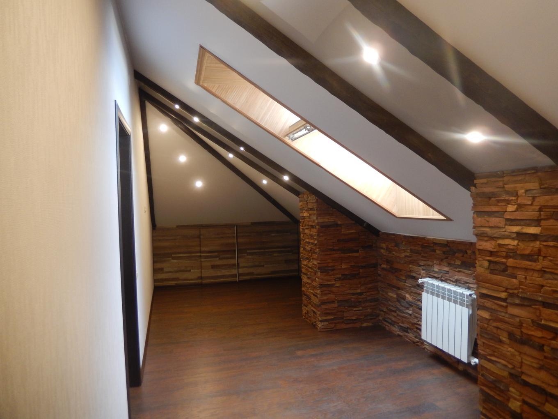 Come illuminare un soffitto a volta con faretti e applique